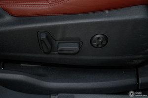 标致4008 副驾座椅调节