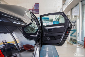 沃尔沃S90 右后车门