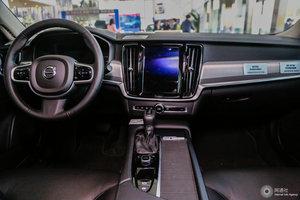 沃尔沃S90 全景内饰(后排)