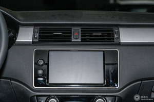 观致3 GT 中央显示屏