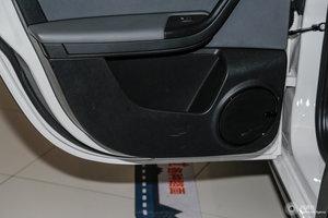 观致3 GT 左后车门储物空间