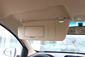 宝骏310W 驾驶位遮阳板