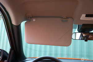 日产劲客 驾驶位遮阳板