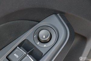 一汽骏派A50 外后视镜调节控制