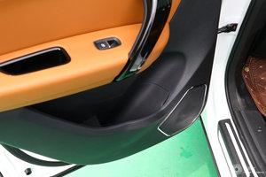 众泰T600 Coupe 左后车门储物空间