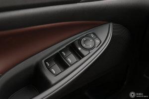 别克GL6 左前车窗控制
