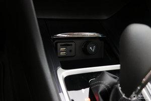 别克GL6 车内电源接口(点烟器)