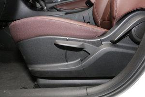 别克GL6 主驾座椅调节