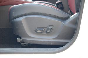 荣威RX3 主驾座椅调节