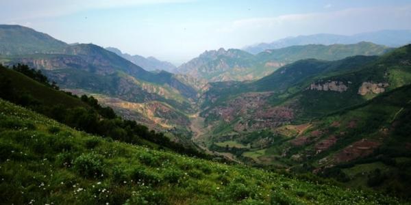 用一天时间从北京出发完成空中草原穿越