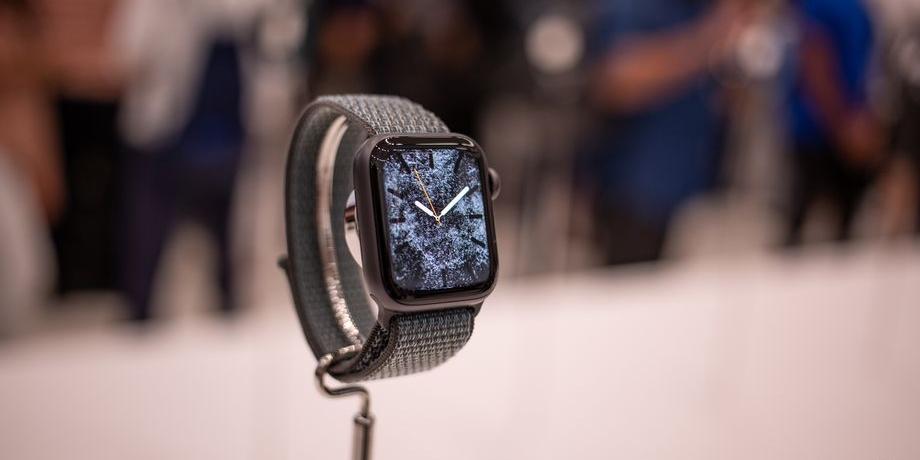 每日新闻:未达G点 外媒称今年苹果手表甚至比新款iphone更抢风头