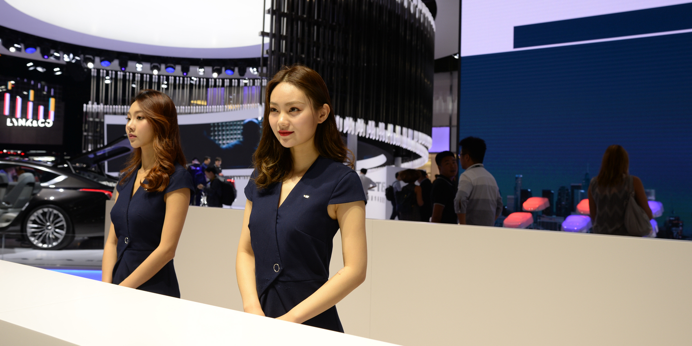 遍地都是漂亮姐姐的广州车展