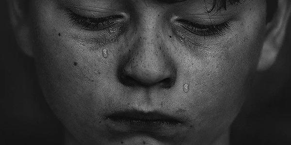 深圳虐童事件:别再让无辜的孩子,为你的失败埋单