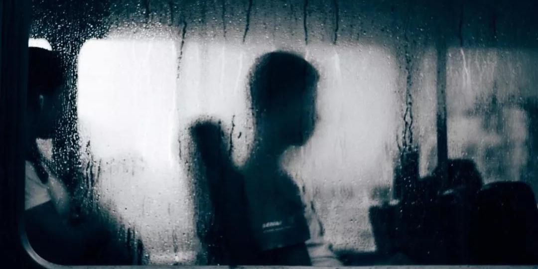 一个自闭症孩子妈妈亲诉:我无数次想自杀!