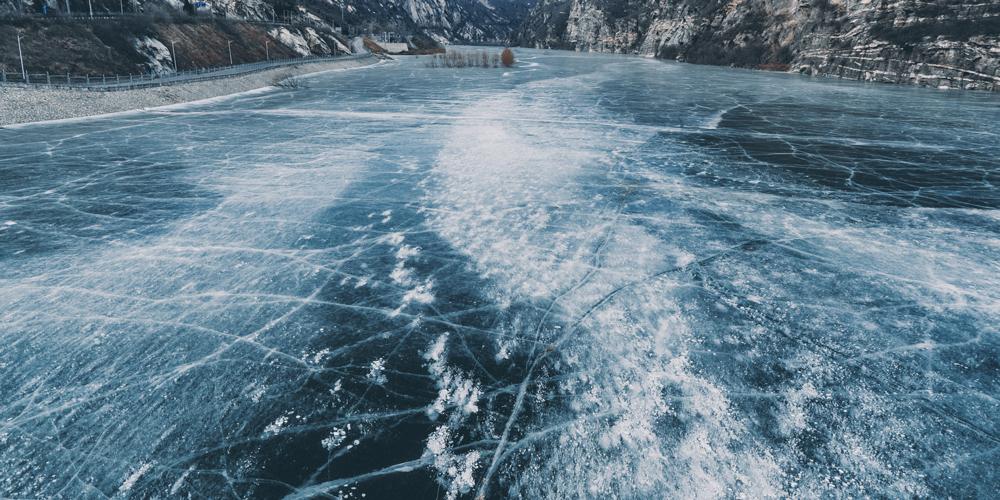 二探密云白河冰面,这次到河床上去走一遭