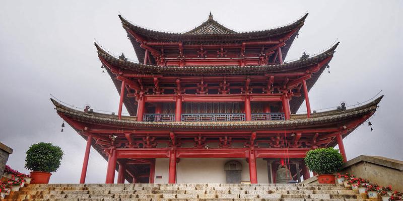 云南的三大古城之一建水古城  建筑造型古朴
