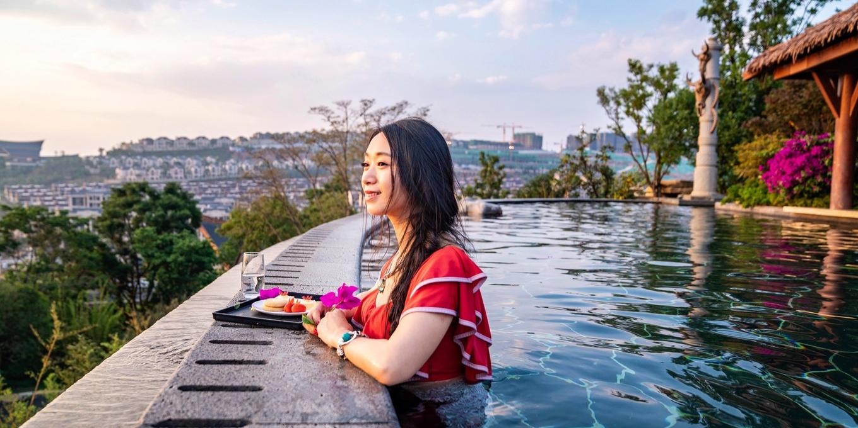 带大家感受四季花海春城昆明,古滇池畔的美景