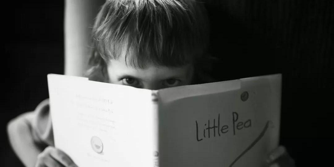 严厉的惩罚不是教育,它只会在孩子心里种下恐惧