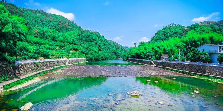 苍南县矴步桥又长又大乐趣无穷