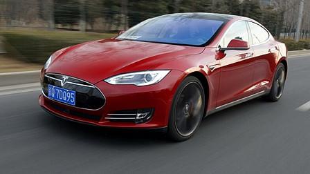 手机随拍之李安定体验Tesla智能巡航