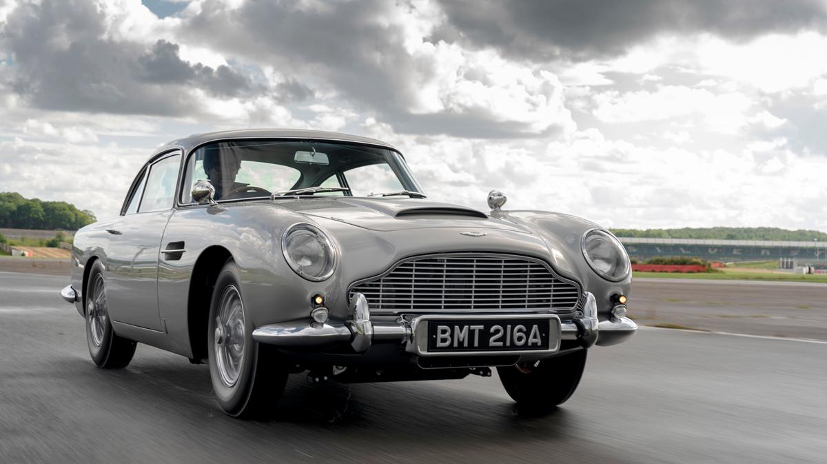 """007传奇座驾再现 阿斯顿·马丁""""金手指""""DBS重制版"""