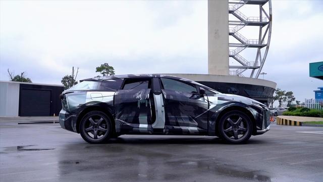 高合HiPhi X 工程车路跑视频