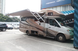 奔驰房车24J天津港降价信息 购车赠装具