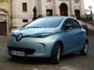 雷诺小型电动车安全解析 侧面保护待提升