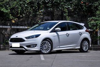 2017款福特福克斯两厢促销 购车降1.8万