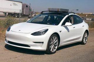 特斯拉Model 3实车曝光 推4种里程车型