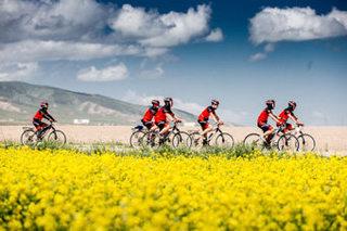 环青海湖骑行之旅 享受不同的生活方式