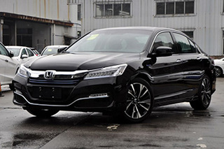 本田雅阁整体优惠1.2万元 现车销售颜色齐全