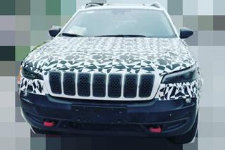 """与""""分体大灯""""挥别 新款Jeep自由光颜值剧增!"""