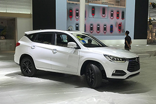 探馆:比亚迪 全新一代紧凑型SUV宋
