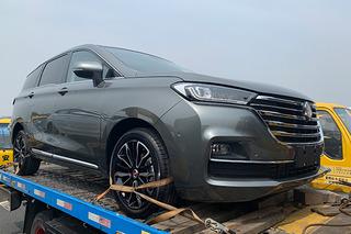 2019上海车展探馆:汉腾首款MPV——V7