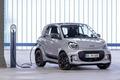 奔驰/吉利成立合资公司 首款车型或2022年推出
